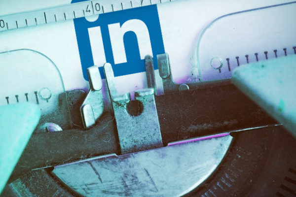 Why Travel & Hospitality Brands Can't Ignore the Power of LinkedIn Pulse for B2B Marketing